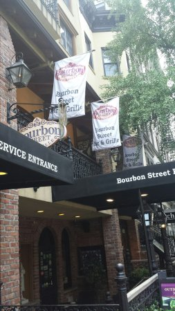The French Quarters Guest Apartments: 20160625_143827_large.jpg