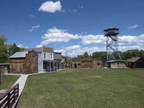 Grand Encampment Museum