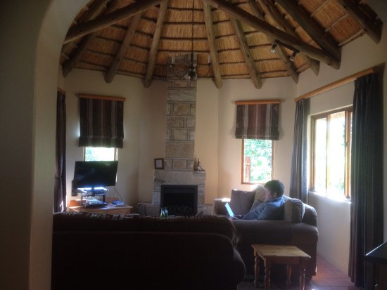 Montusi Mountain Lodge: photo2.jpg