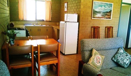 Pomonal, Australië: Cottage kitchen
