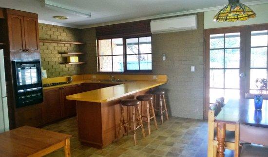Pomonal, Australia: Cottage 7 kitchen