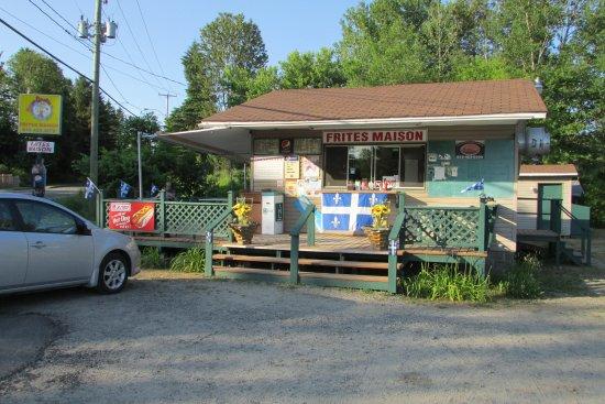 Brébeuf, Canada : Casse-Croûte des Chutes