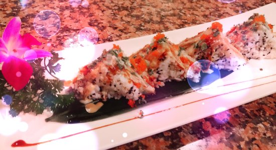 "Charleston, فرجينيا الغربية: ""Sushi sandwich "" it's the best!!!"