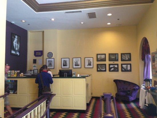 Hotel Bijou: Hotel reception area