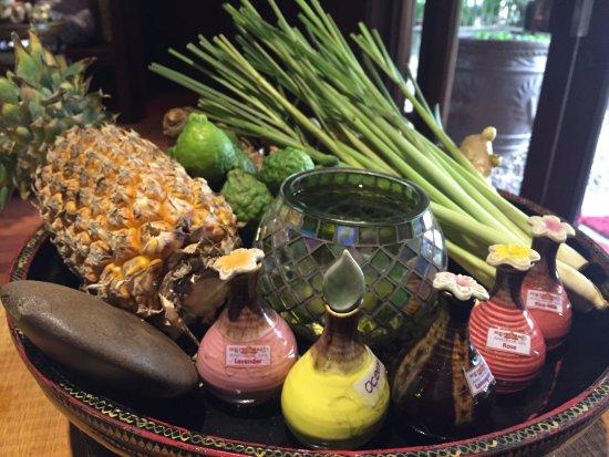 Angkor Spa: 精油按摩可自行選擇精油味道