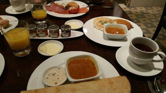AL AHRAR HOTEL - Prices & Lodge Reviews (Dubai, United Arab