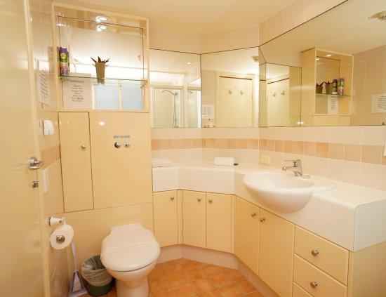 The Sedgebrook on Leichhardt: toilet & bathroom
