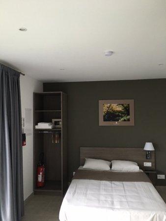 Longperrier, France : chambre double