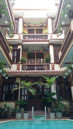 Nhi Nhi Hotel: 20160624_153953_large.jpg