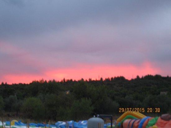 Marguerittes, France : vus magnifique le soir