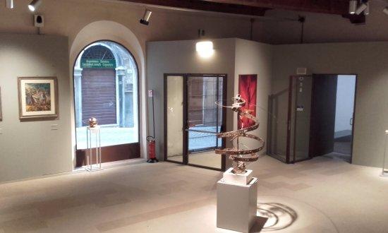 Pinacoteca Civica Francesco Podesti : Una delle sale.