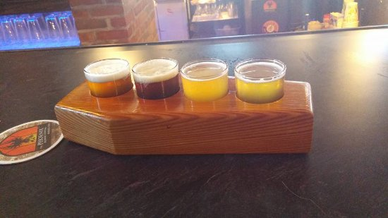 Mansfield, OH: Beer flight in coffin-shaped paddle.