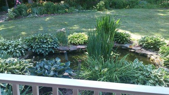 Butler, OH: Pond