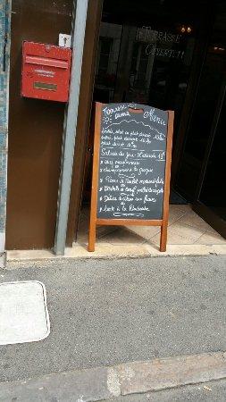 Orsay, Francia: TA_IMG_20160627_130802_large.jpg