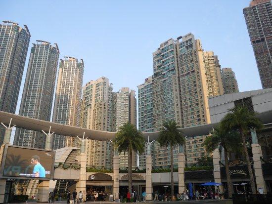 Stormies, Elements, Kowloon Station : photo3.jpg