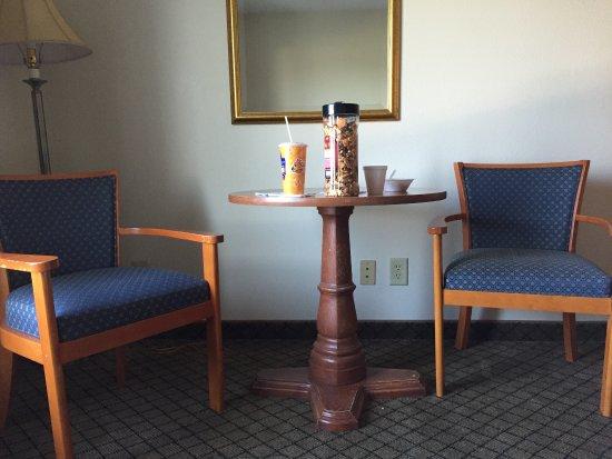 Home Inn & Suites Montgomery: photo1.jpg