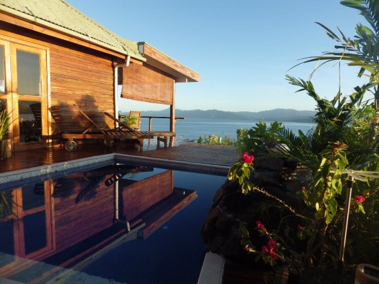 Naveria Heights Lodge: Lovely place to take an afternoon dip