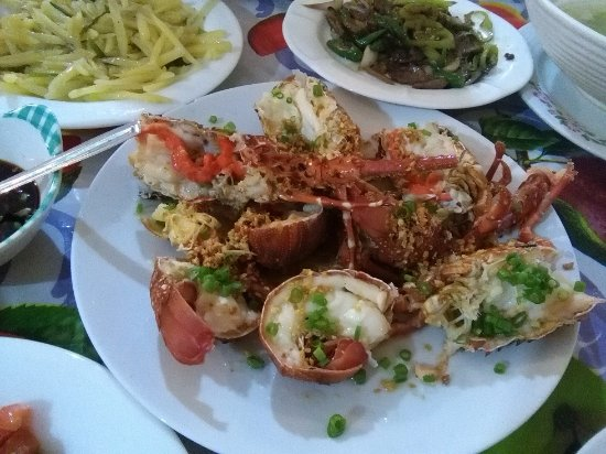 Chinese Globe Restaurant : This Lobster Dish was outstanding.