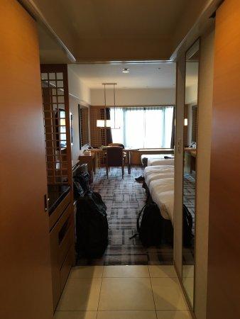 Kyoto Brighton Hotel: Spacious room