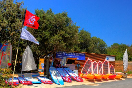 Bale, Croacia: Sunset Beach Club - Water Sports Croatia