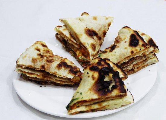 مطعم راكون الهندي: Kemma Paratha
