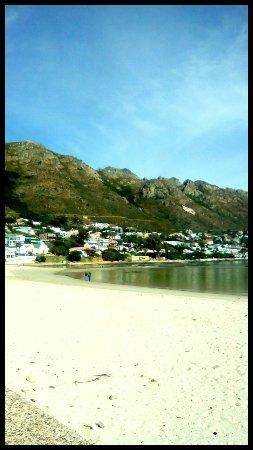 Gordon's Bay, Sudáfrica: IMG_20160627_154258_682_large.jpg