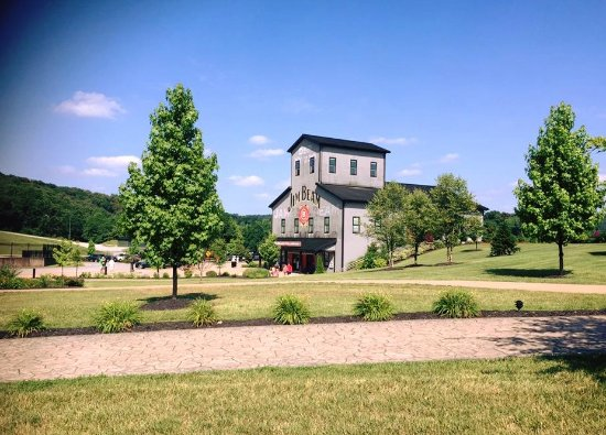 Mint Julep Tours: The Jim Beam American Distillery is an amusement park for bourbon lovers.