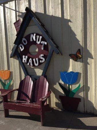 Donut Haus: photo4.jpg