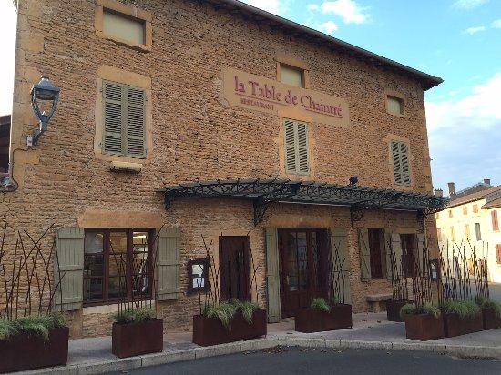 Chaintre France  city pictures gallery : Chaintre, France: L'entrée du restaurant