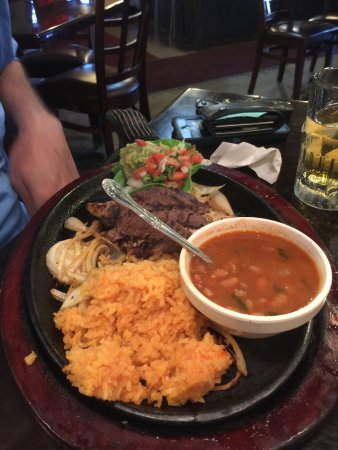 Hallettsville, TX: beef and chicken fajitas