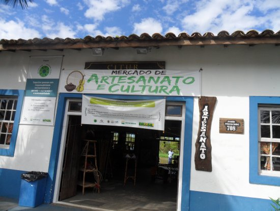 Iguape, SP: Entrada do mercado