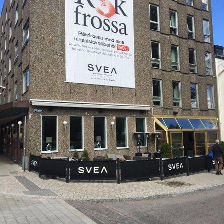 Restaurang Svea: The inside is much more interesting