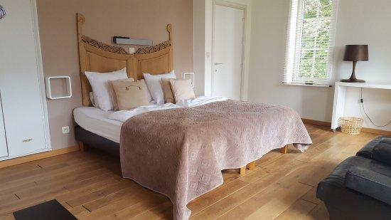 Dilsen-Stokkem, Bélgica: Kamer 4 met kingsize bed
