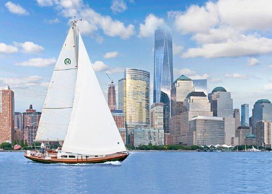Tribeca Sailing : Tara sails by the Freedom Tower