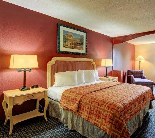 Red Roof Inn Atlanta -Six Flags: Superior KIng