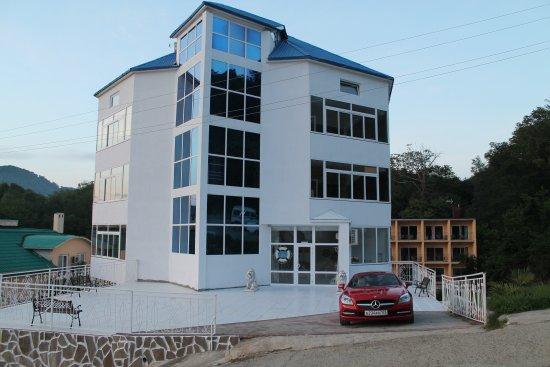 Begushchaya Po Volnam