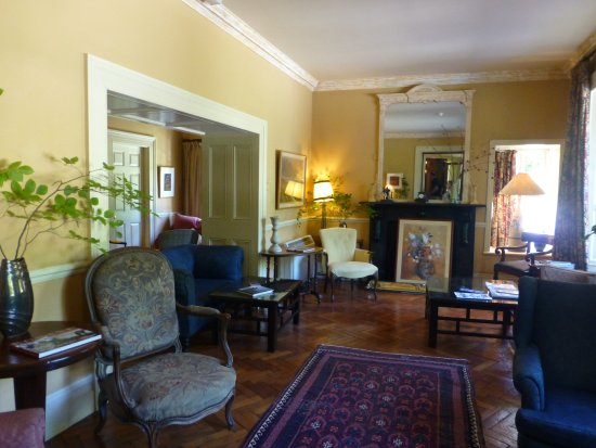 Shelburne Lodge: the sitting room