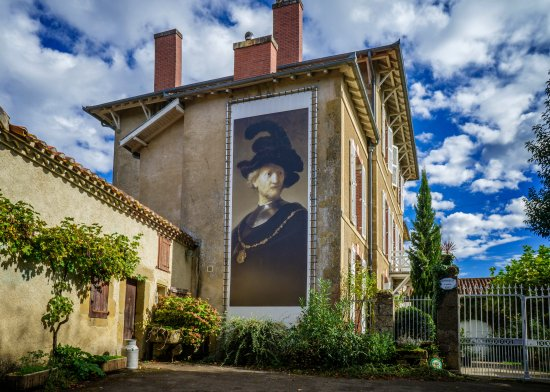 Vergoignan, France : entree de Lahitte