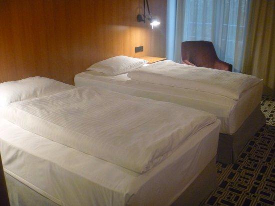 NH Prague City: Room~
