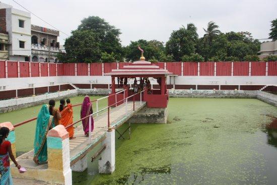 Sitamarhi, India: Pound & Place of Sita origin.
