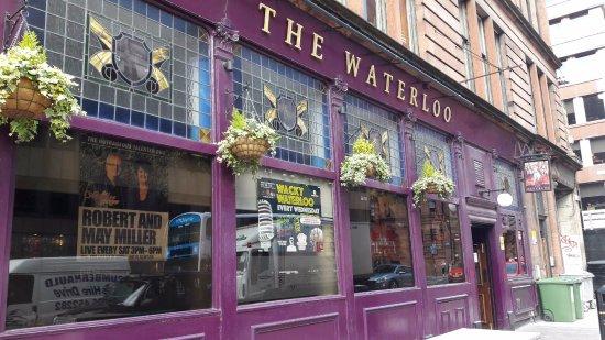 Waterloo Bar: The Waterloo Glasgow