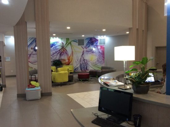 Shippensburg, Пенсильвания: lobby area