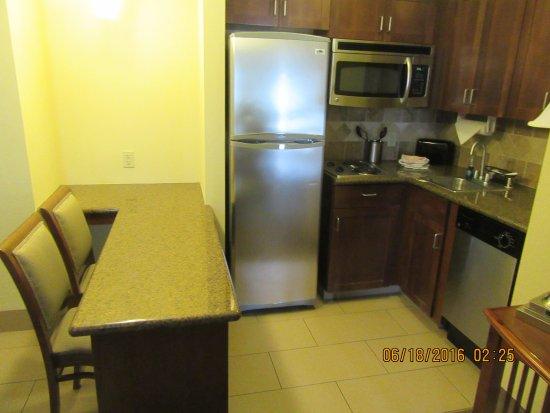 Staybridge Suites Reno Nevada: Kitchenette