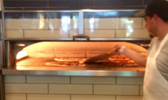 Pizza Antica: Antica oven