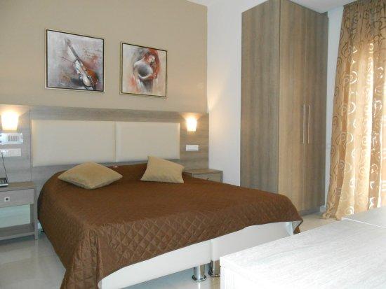 Voula Hotel: ROOM