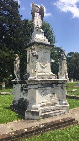Oakwood Cemetery : photo1.jpg