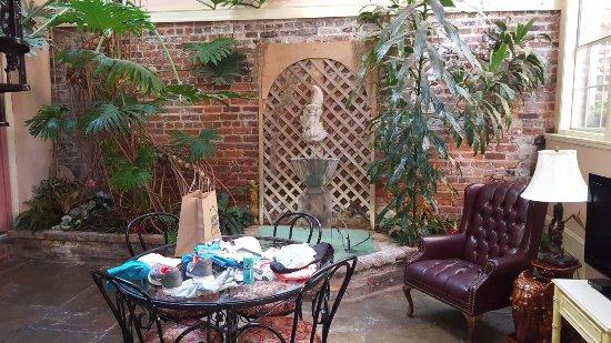 Olivier House Hotel: The garden room