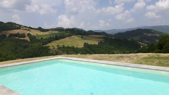 La Pace: Pool
