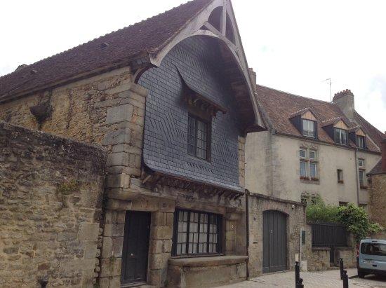Alencon, فرنسا: getlstd_property_photo