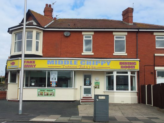 The Middle Chippy: Just a short walk down Redbank Road from the promenade